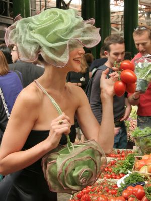 Lettuce hat and bag